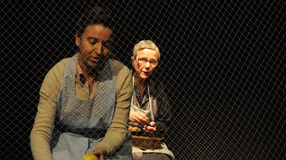 Quatre Dones i El Sol - Grup De Teatre Margarida Xirgu