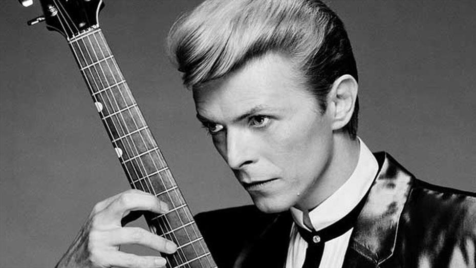 Revisiting Bowie: Adrià Plana i Les Filles Föllen