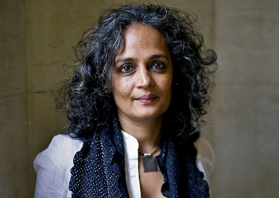 Conversa amb Arundhati Roy - Revolució o resistència?