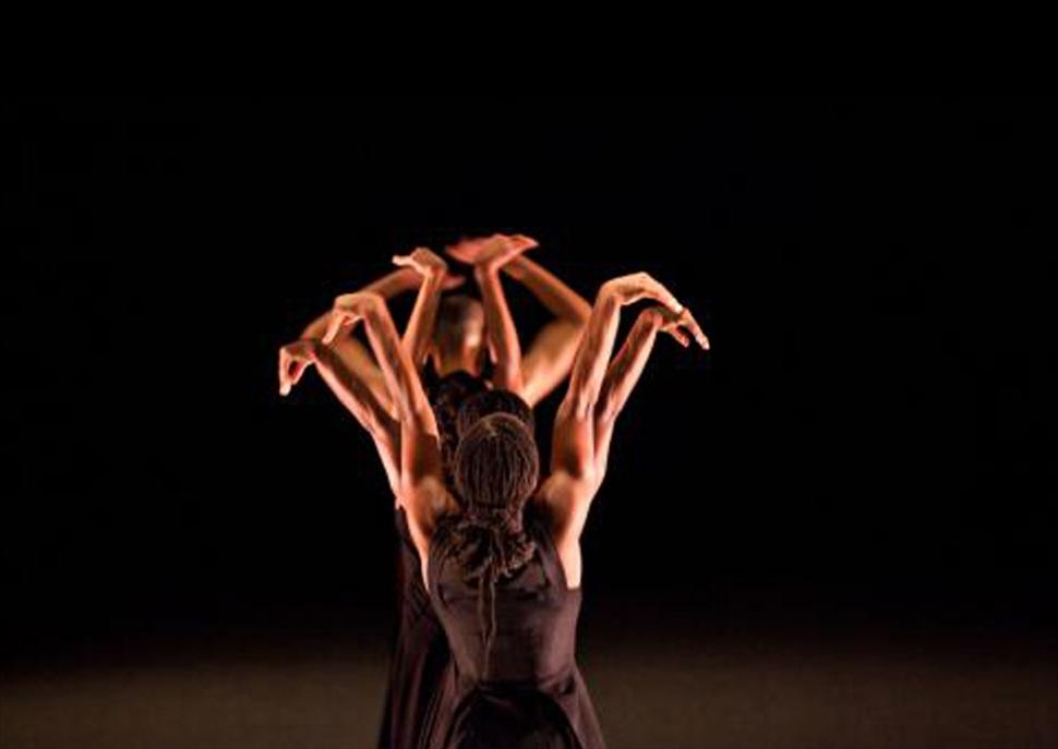 It Dansa - D'Austràlia a l'Índia, passant per Barcelona · Festival Grec