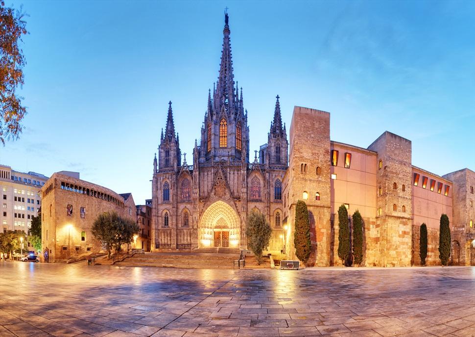 Itinerari literari 13: Barcelona en femení. Passeig pels barris de Santa Anna i la Catedral