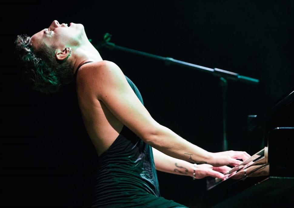 Concert TR3SC: Clara Peya · MERCAT DE MÚSICA VIVA DE VIC