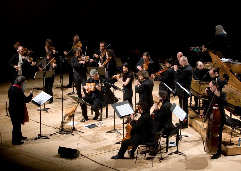Beethoven Symphonies: 1, 2, 4 · MÚSICA ANTIGA