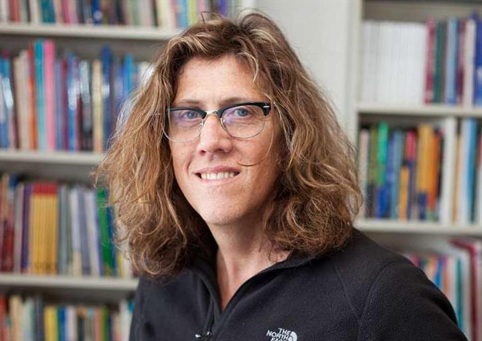 La lent del transgènere. Conferència de Susan Stryker