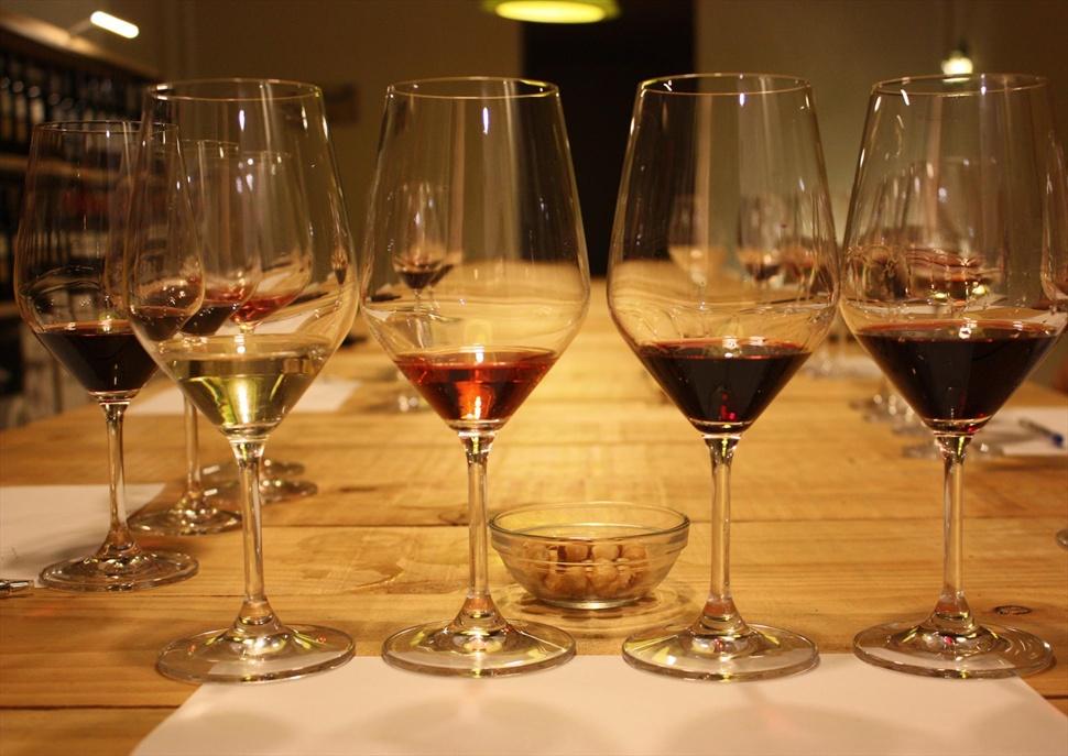 Iniciació al tast de vins amb Km.0 By Unió