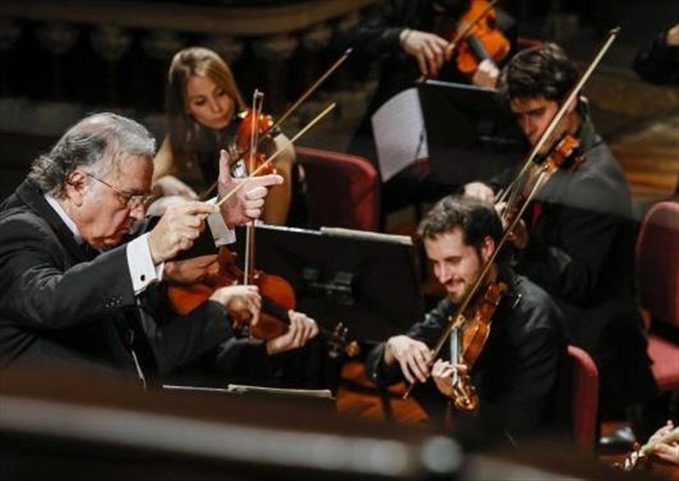 BACH & OCM: Els concerts per a 1, 2, 3 i 4 pianos y orquestra + Brandenburg 3