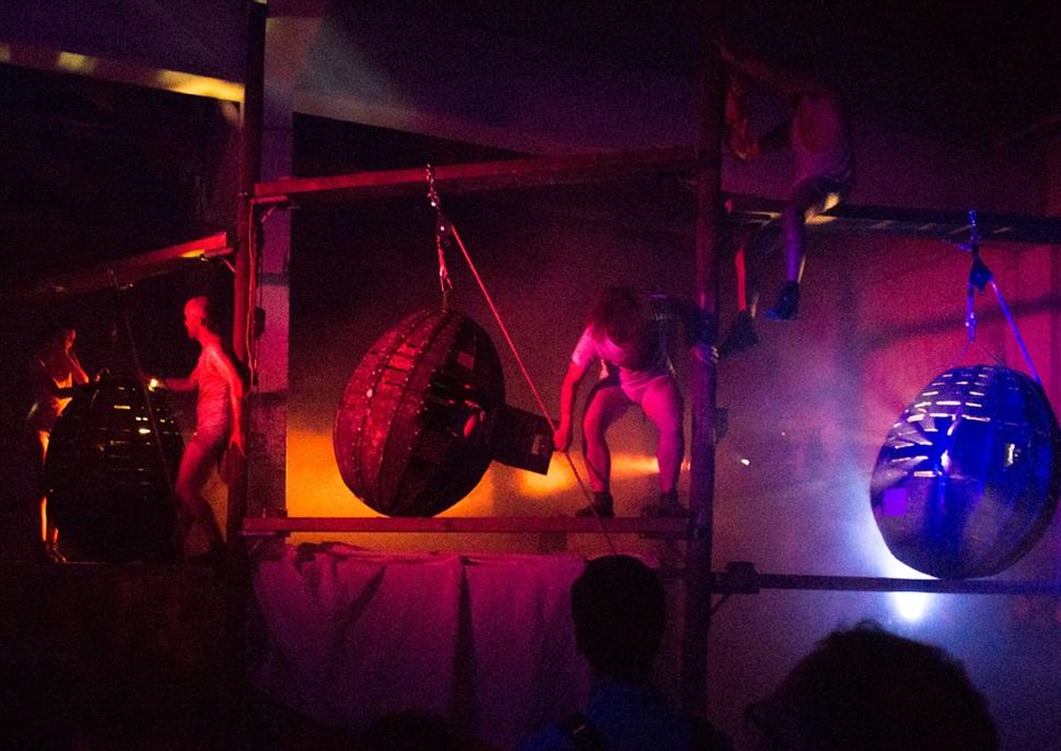 Manes - La Fura dels Baus · Festival Grec