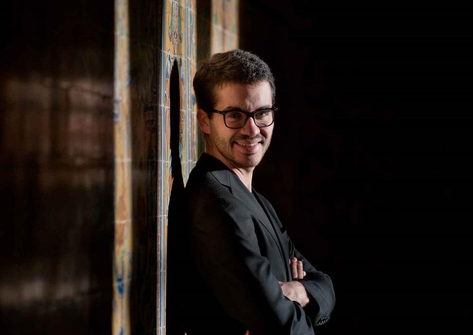 Juan Pérez Floristán, piano