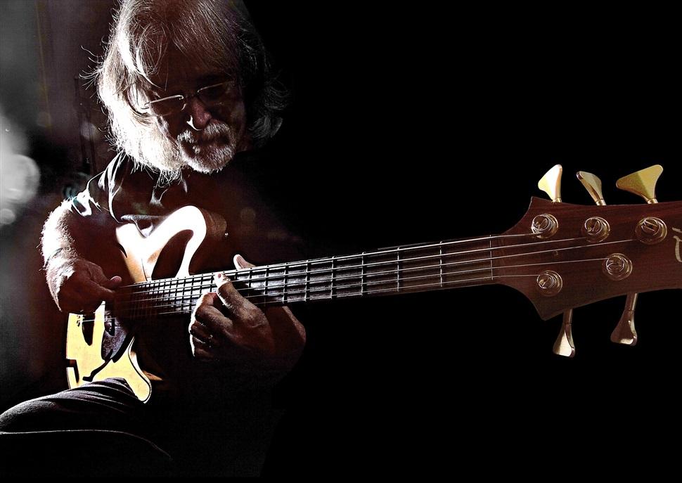 Carles Benavent Trio & Tomasito · Jazz en la Nit