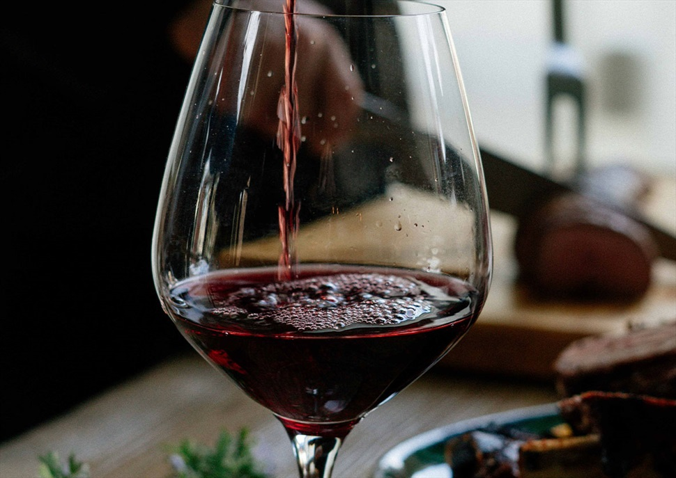 Tast de vins al mercat de Santa Caterina: Cooperativa Corbera d'Ebre (D.O. Terra Alta)