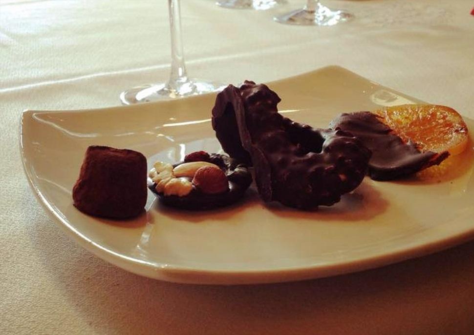 Maridatge amb xocolates al celler Carol Vallès
