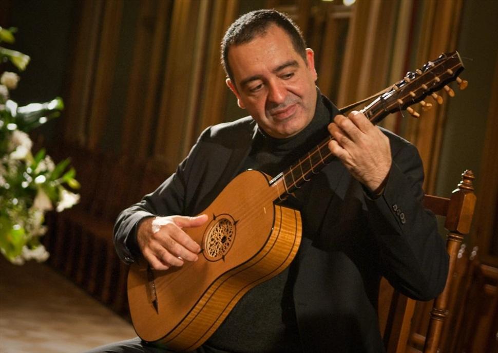 Xavier Díaz-Latorre, tiorba