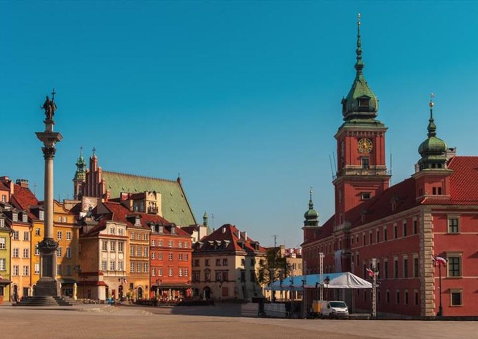Viatja amb Cases Singulars a Polònia (Varsòvia, Cracòvia i Auschwitz)