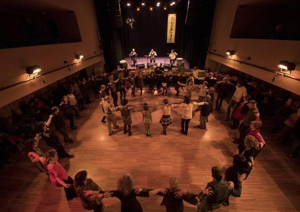 Festa Grega Glendi amb la Banda Taximi · TRADICIONÀRIUS 2020