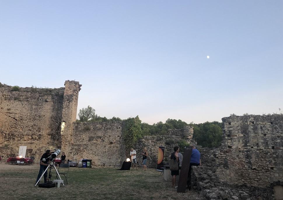 Vi, Art i Estrelles al Castell de Gelida