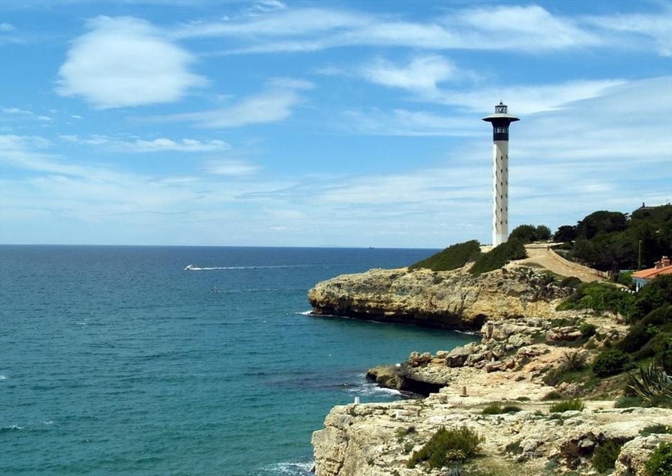 Descobrint els fars de Catalunya. Visitem el far de Torredembarra.